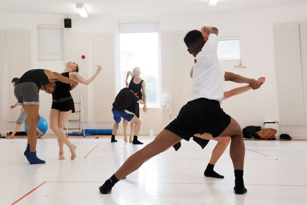 WAYNE MCGREGOR – RANDOM DANCE WORKSHOP